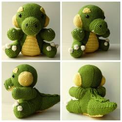 Crocheted crocodile by Sefi