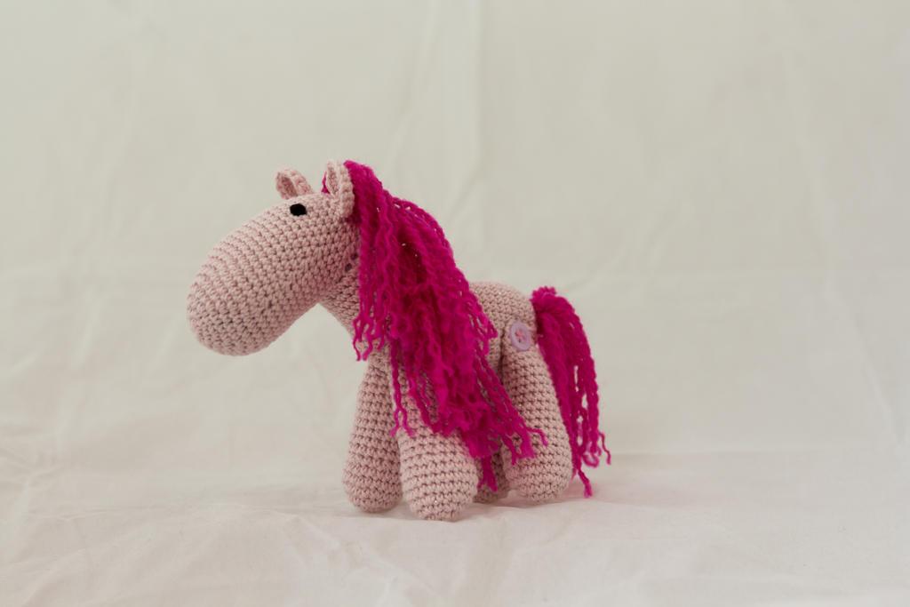 Ponytail Amigurumi : Little Pink Amigurumi Pony by karenscrochetcorner on ...