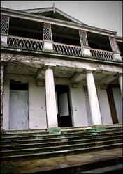 Hanworth Park Mansion by RikkeRex