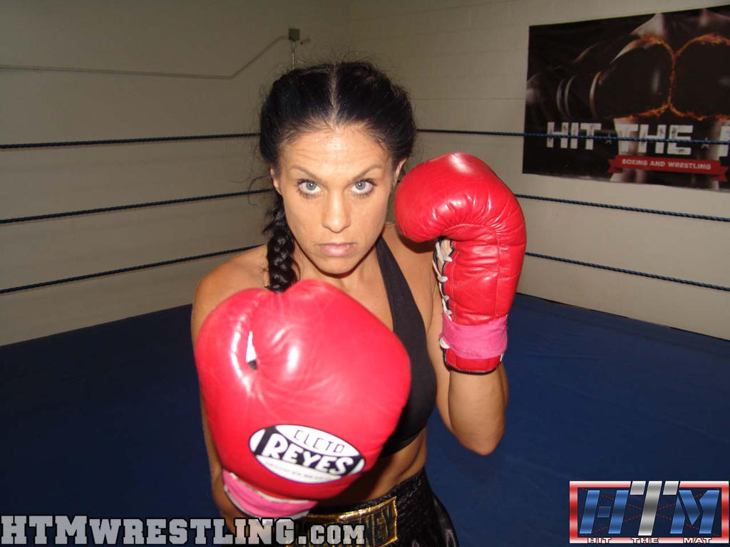Female Boxer by boxingwrestling