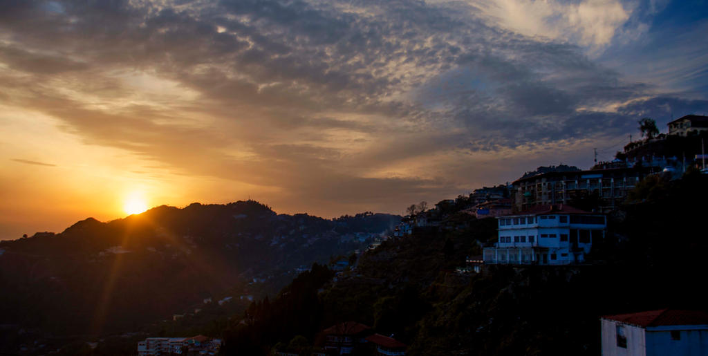 Good Evening Mussoorie by drkingks
