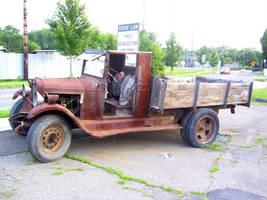 Old Truck1 by rem-severem