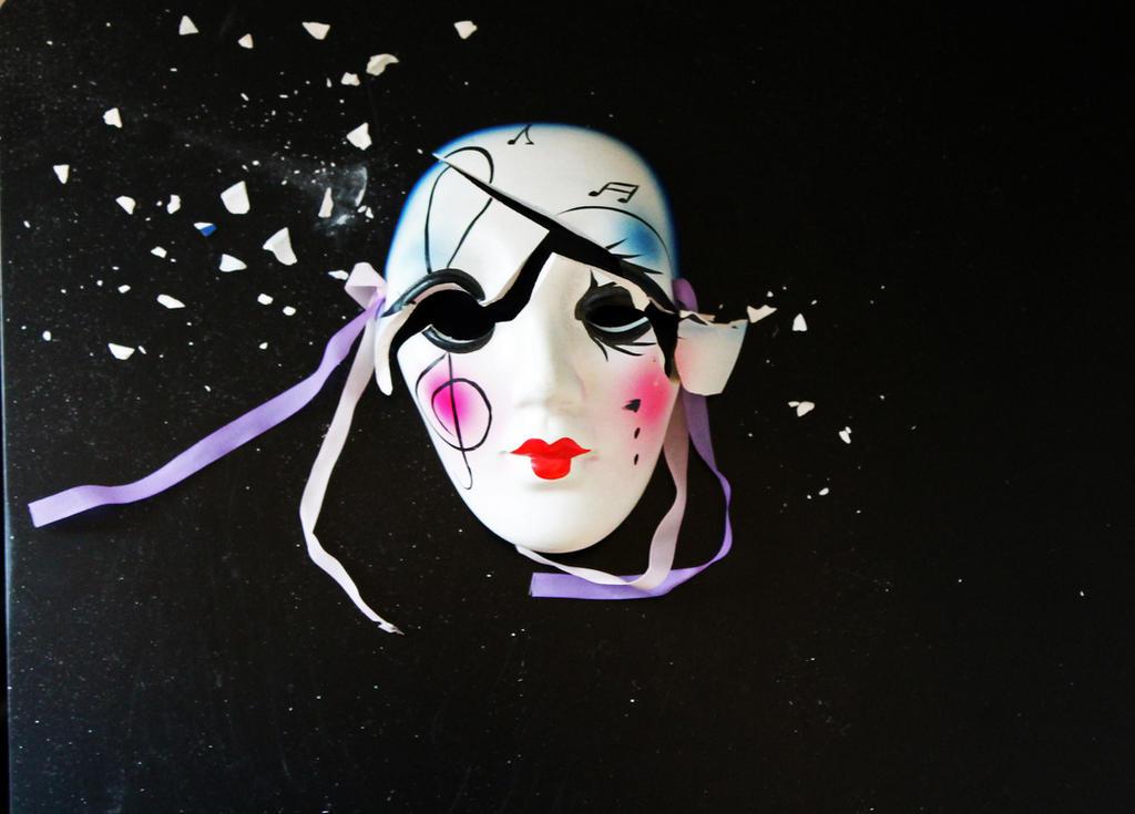 Broken Mask 1 by rem-severem