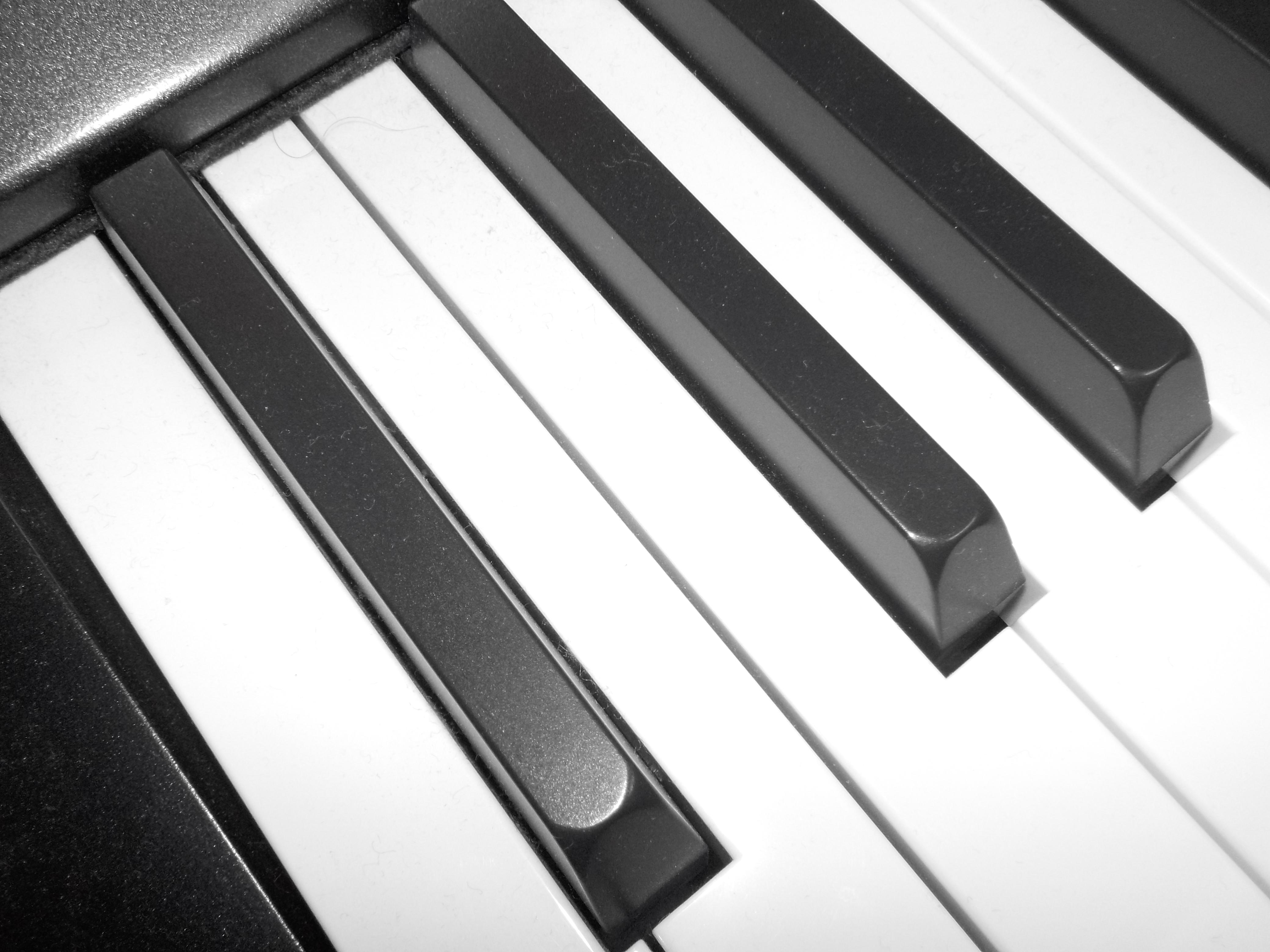 Shining Keyboard by Taking-Flyte