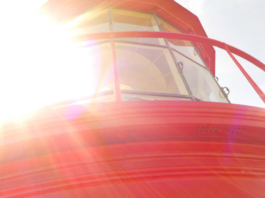 Gleaming Lighthouse by Taking-Flyte