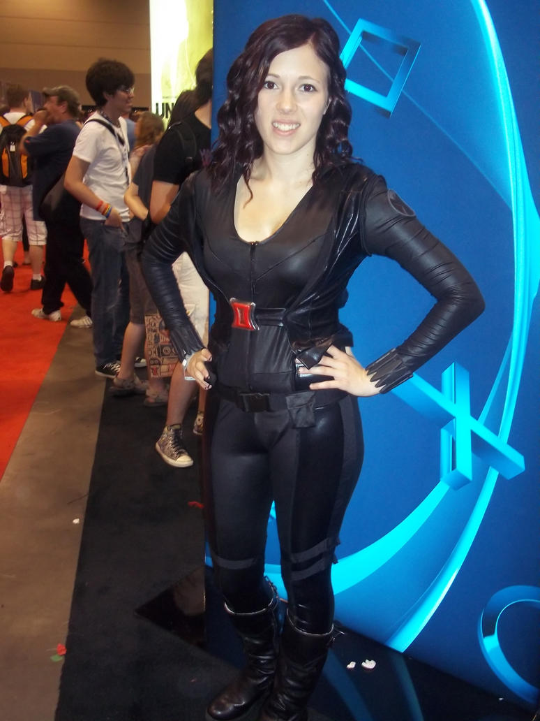 Black Widow Cosplay At Fan Expo 2015 by xkillerben5798x on ...