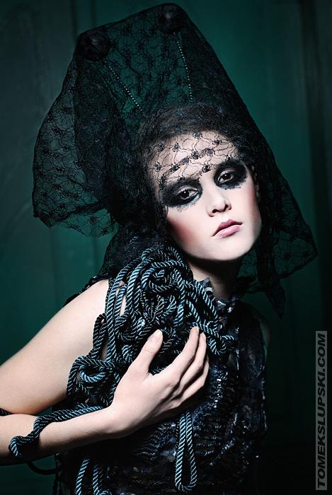 Mascarade widow hat and dress by KasiaKonieczka