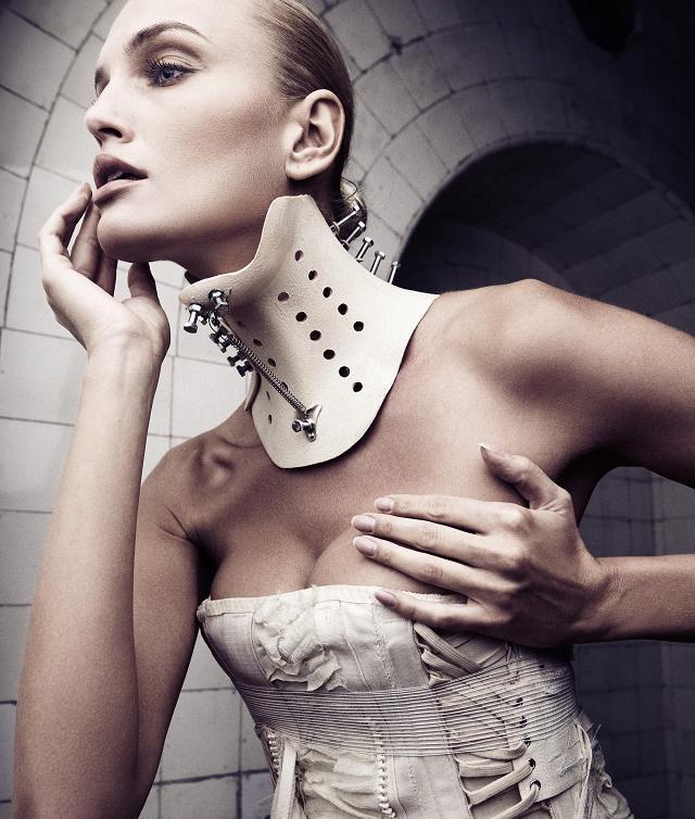 collar by KasiaKonieczka