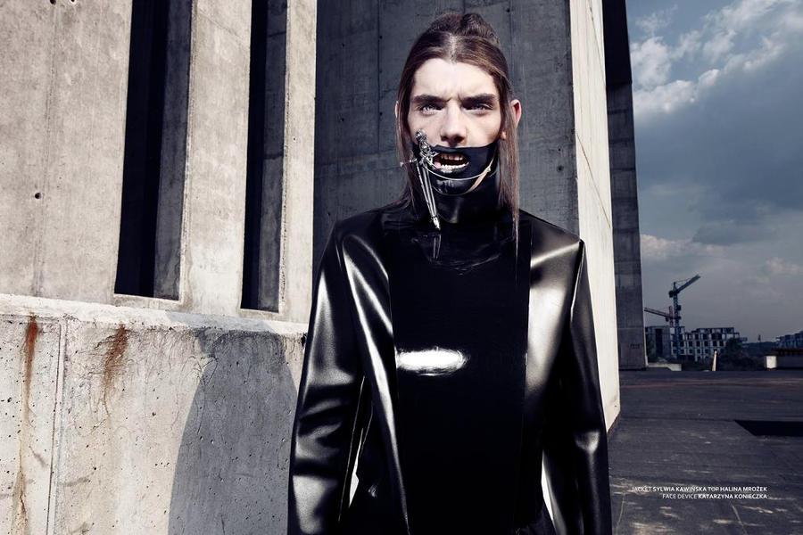 Face device by KasiaKonieczka