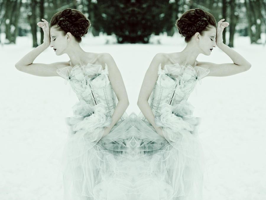 Grey gown by KasiaKonieczka