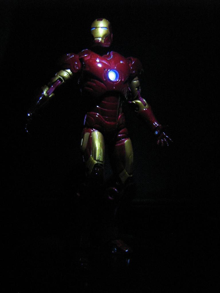 Iron Man Custom Figure w LED by kagami5566