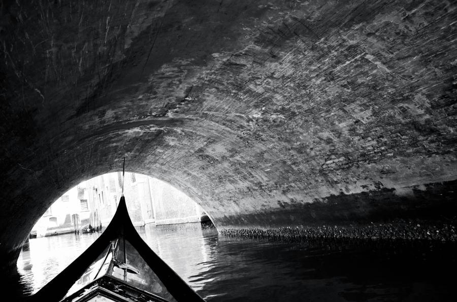 tunneled a venezia by xthumbtakx