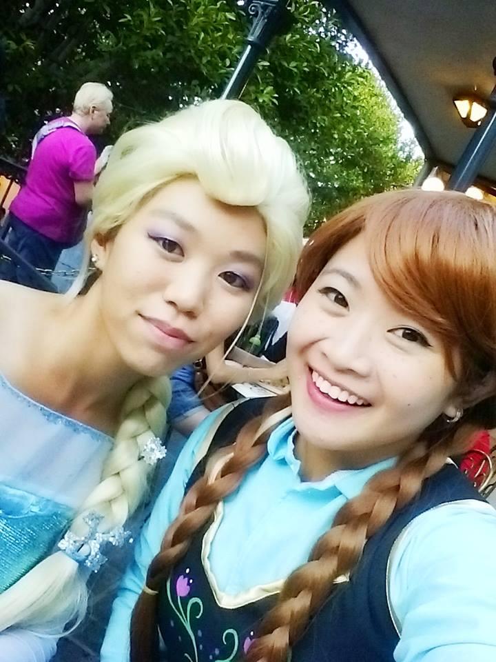 Frozen seastars at Disneyland by Super-Tofu