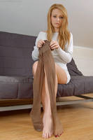 Pantyhose transformation by photoshoptights