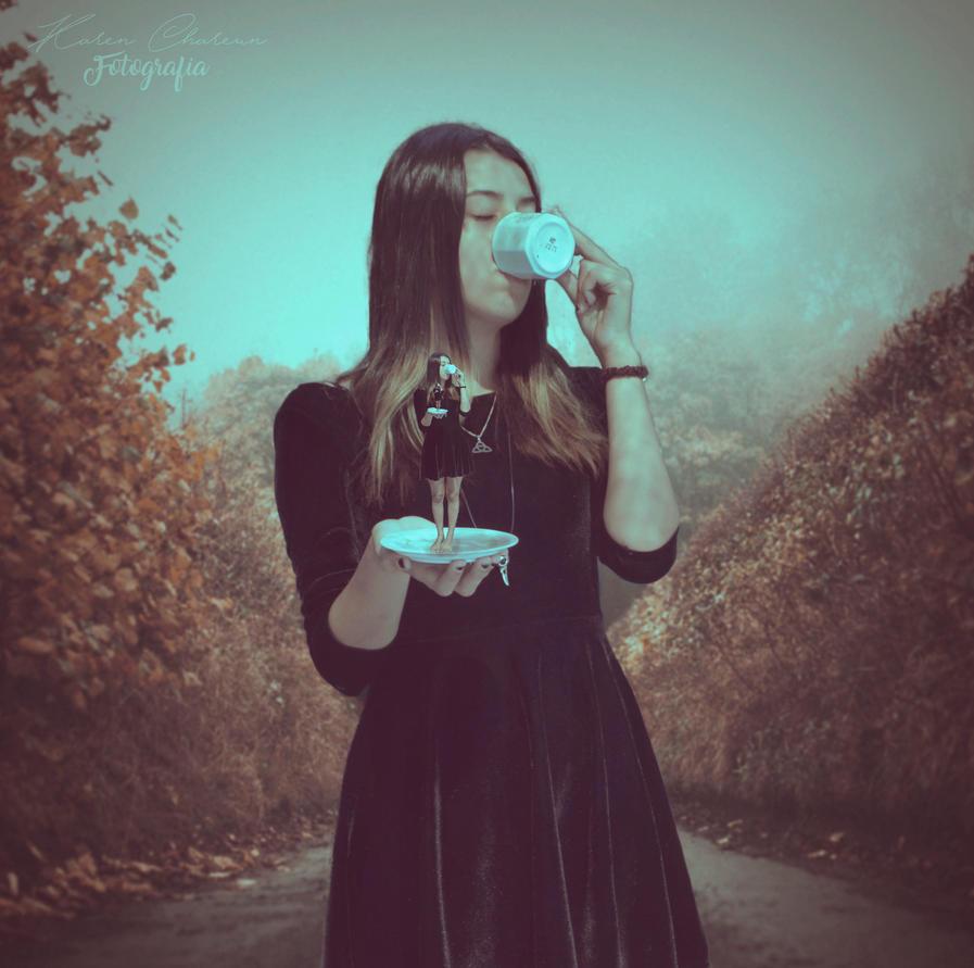 Eating me by Kathechareun