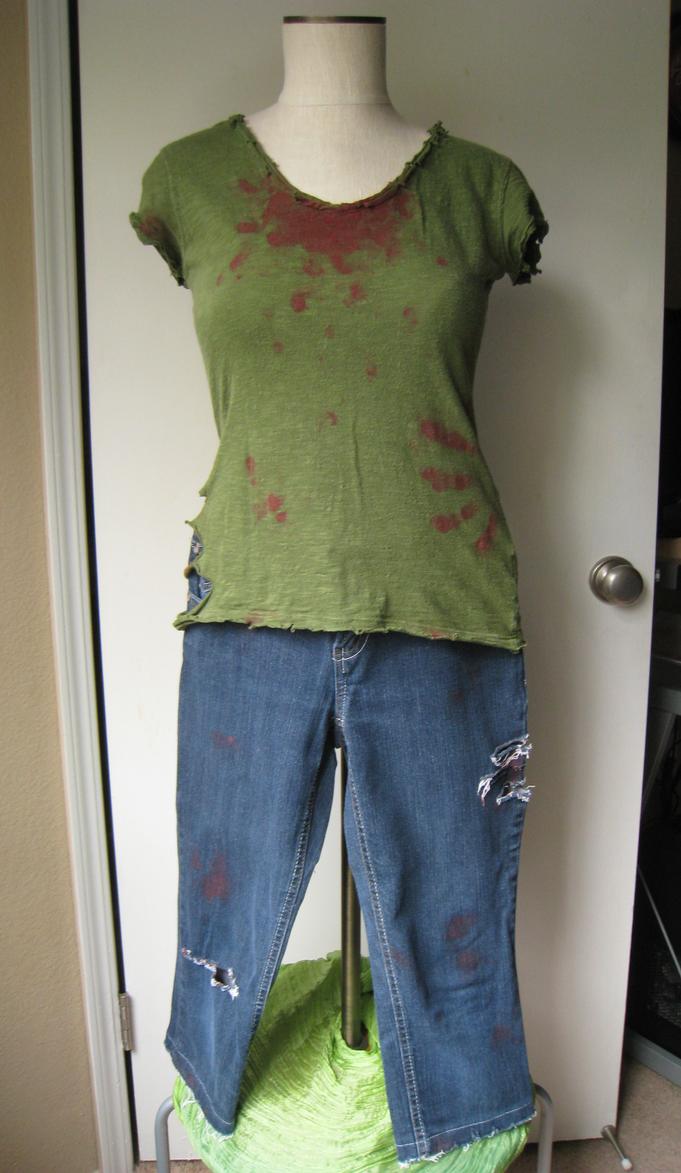 Female Zombie Costume by AyameKrislock