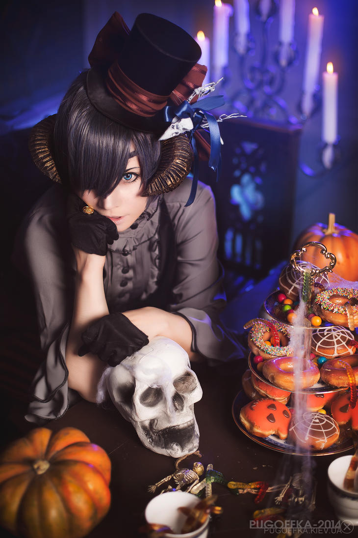 Happy Halloween, everyone! by Pugoffka-sama