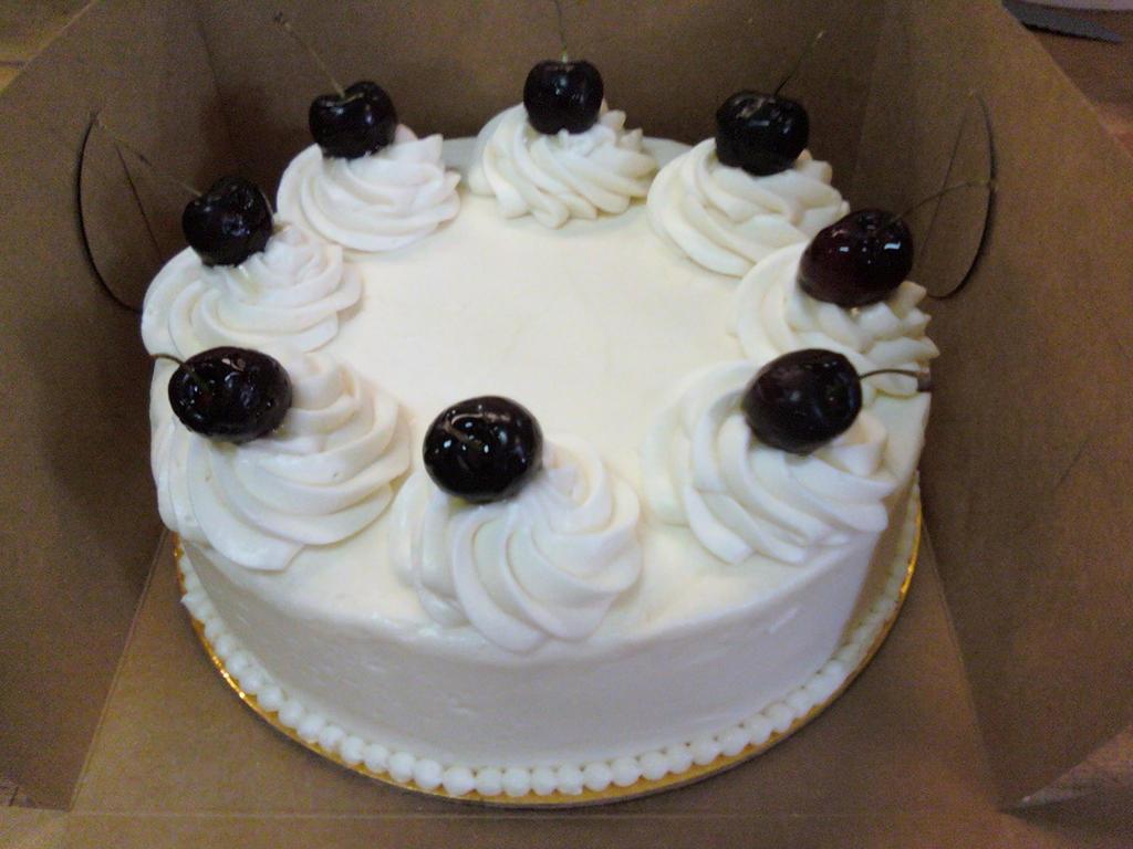 Another Red Velvet Cake by dalamar33 on DeviantArt