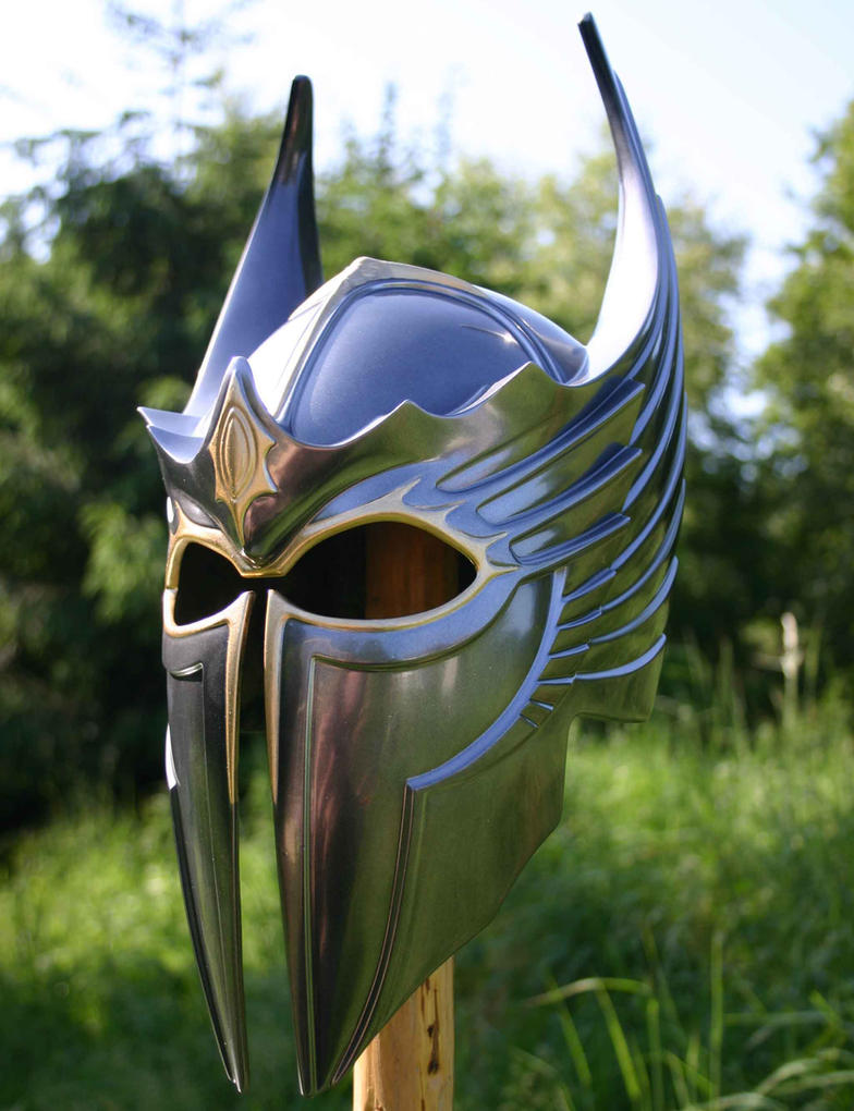 Griffon Knights helm by DragonArmoury