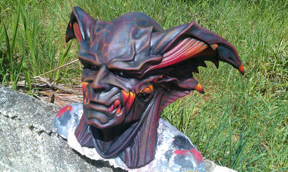 Demon lord mask by DragonArmoury