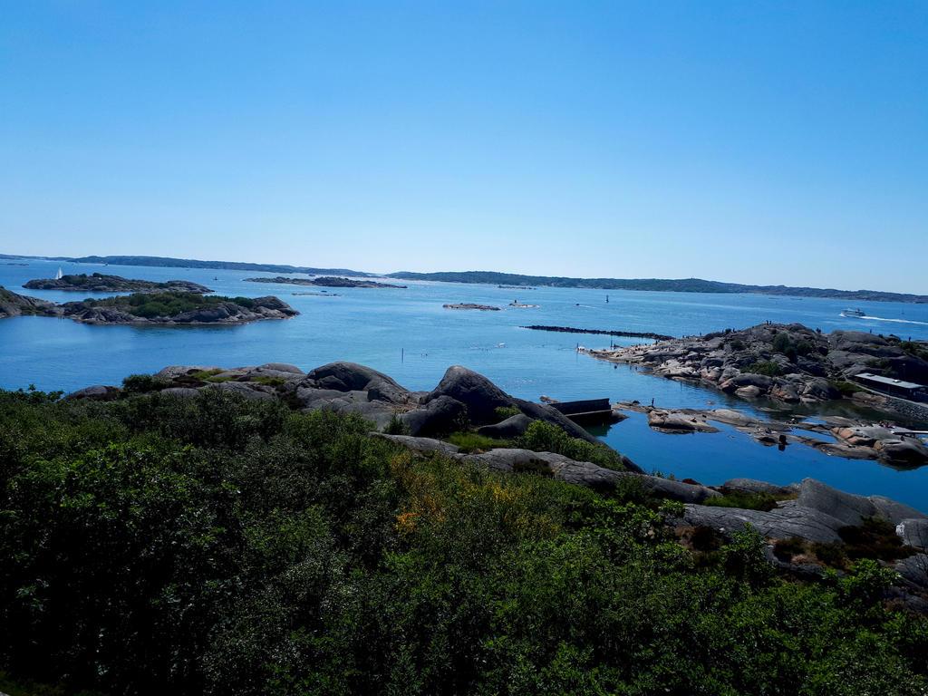 Ocean at Gothenburg by Ellatricity