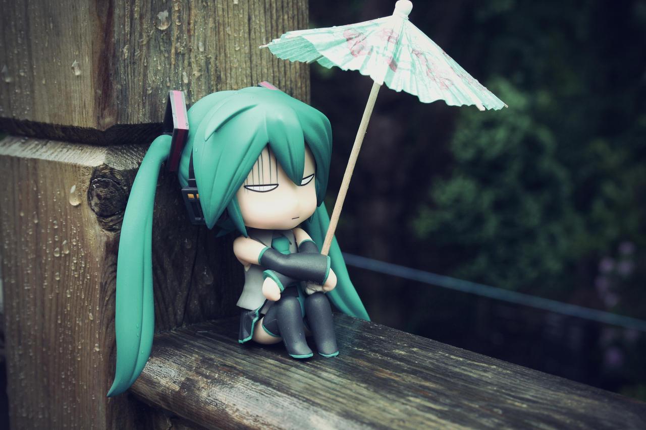 Miserable Miku by jen-den1