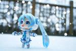 Miku and a Snowflake