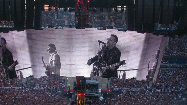 U2 en concert a Paris by Klungito