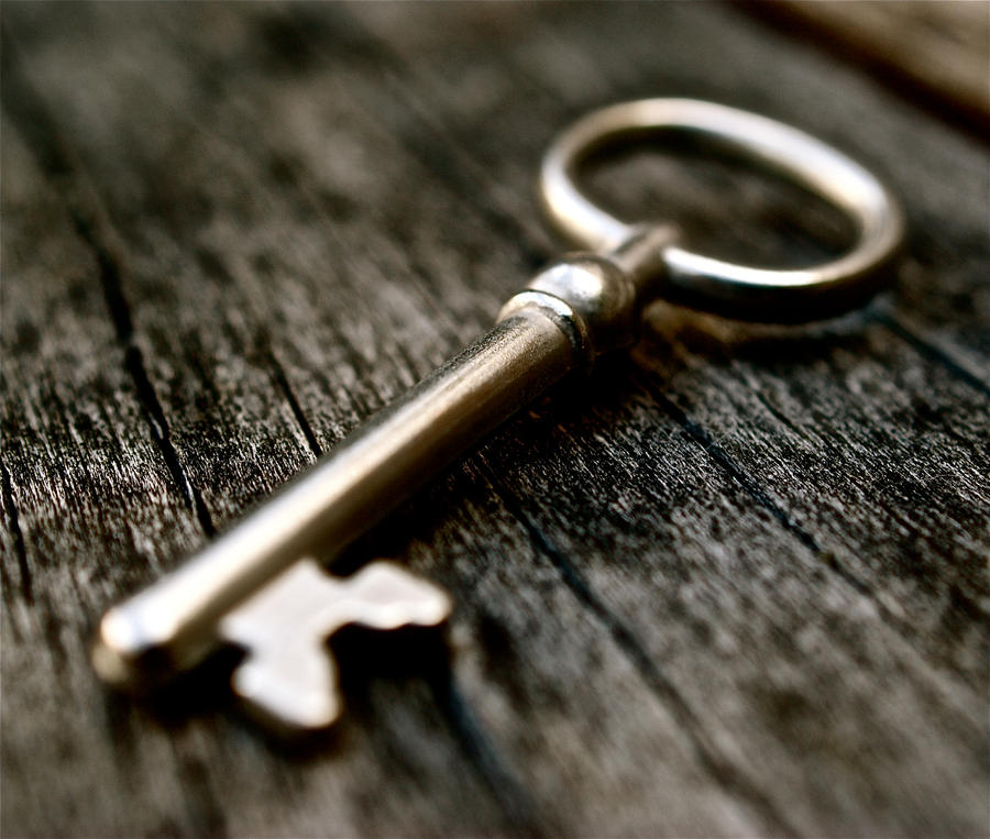 Key To Wonderland by MissSpocks