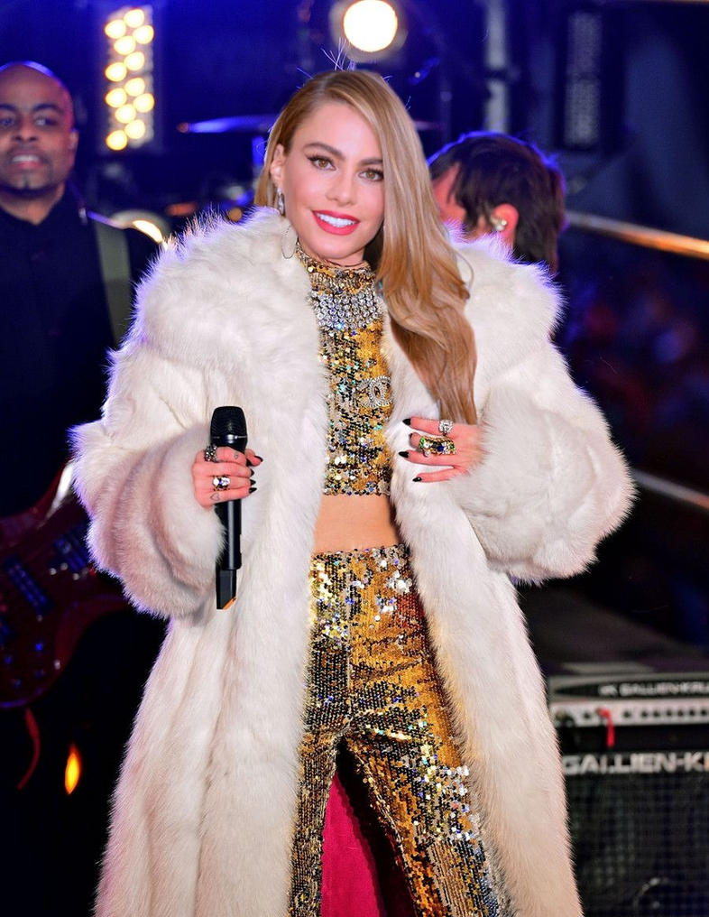 miley cyrus in fur europe pictures