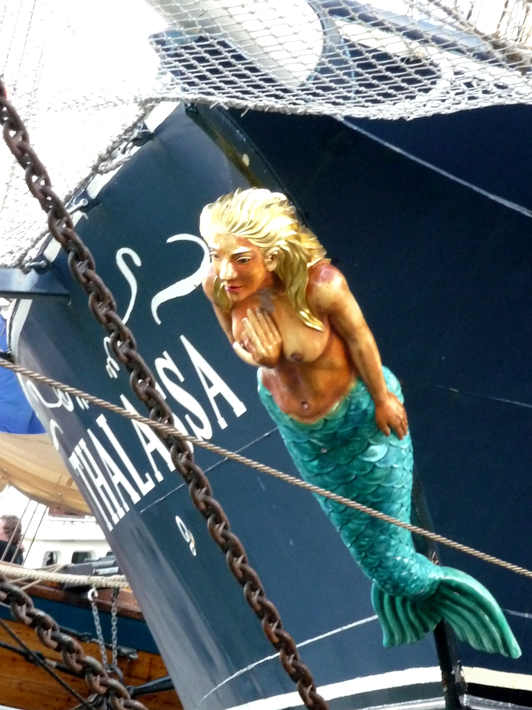 TSR - Thalassa's figurehead by The-Black-Panther