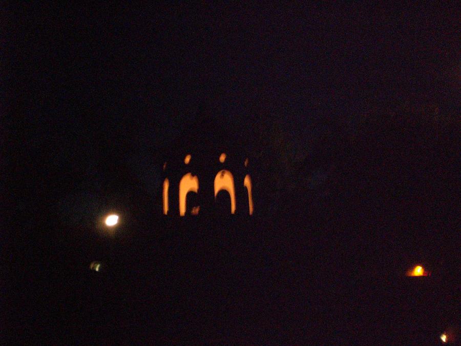 The bird house at night by judiejodia on deviantart - Birdhouse nightlight ...