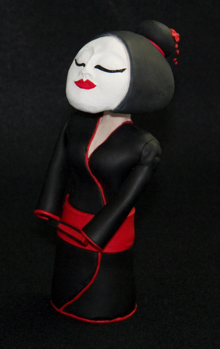 Bobble Headed Geisha Doll v2.0 by middypuppy