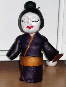 Bobble Head Geisha