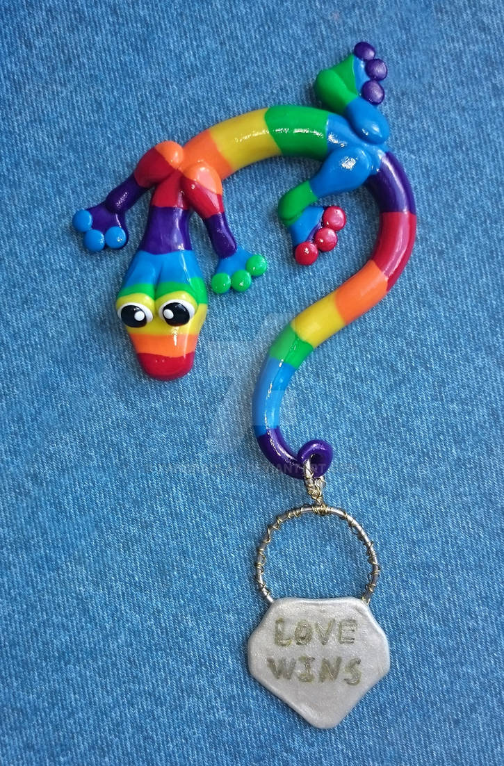 Rainbow Love Lizard