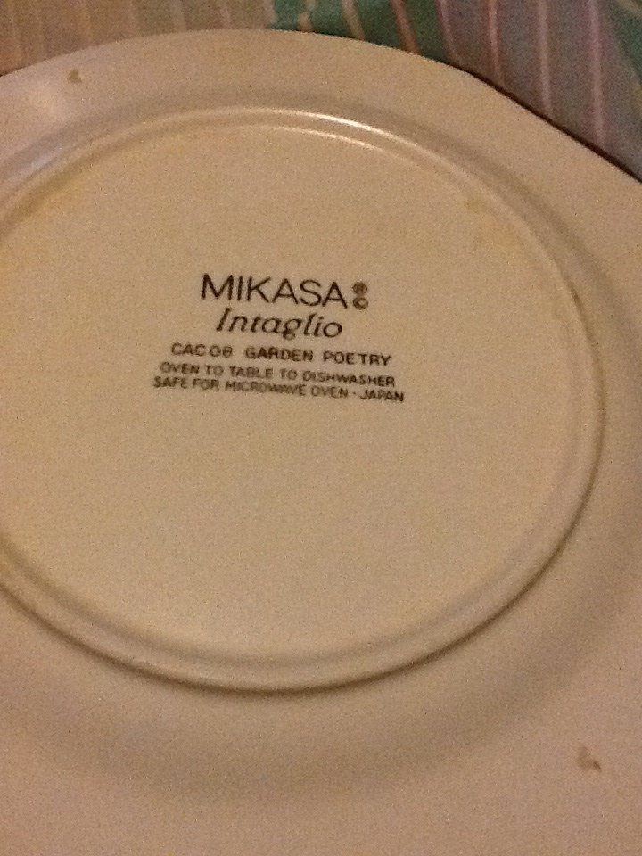 My Dinner Plates Are Anime. by 1TerabyteOfNonsense ... & My Dinner Plates Are Anime. by 1TerabyteOfNonsense on DeviantArt