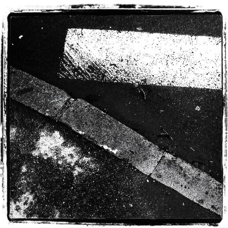 Triangles by leoatelier