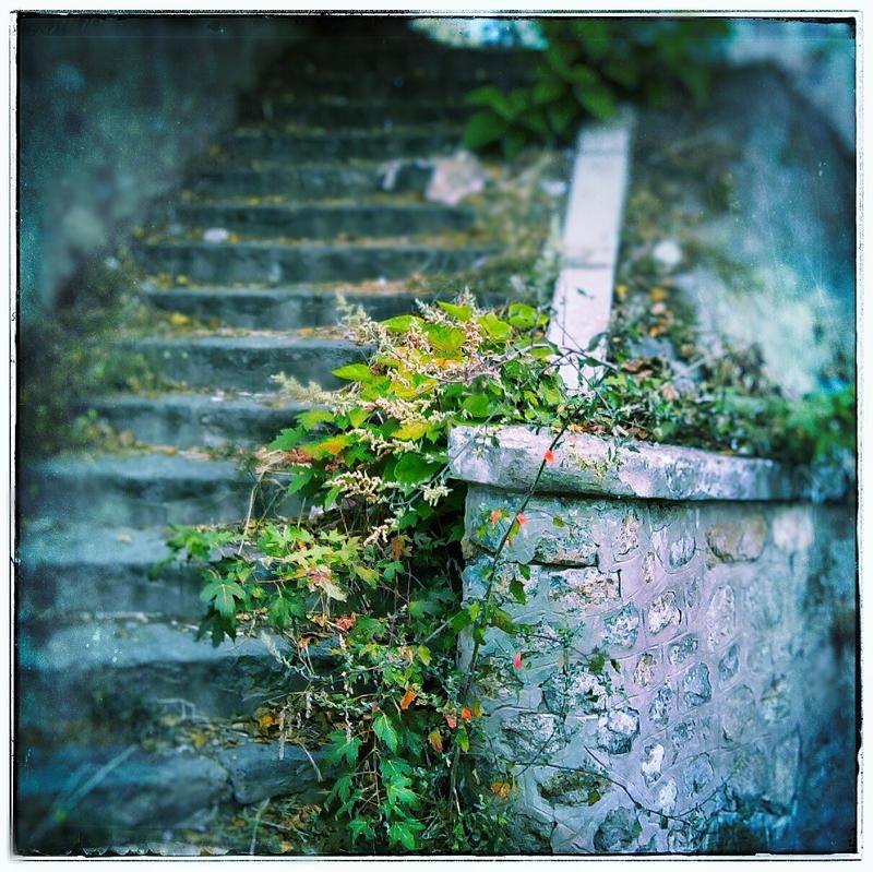 Secret place by leoatelier
