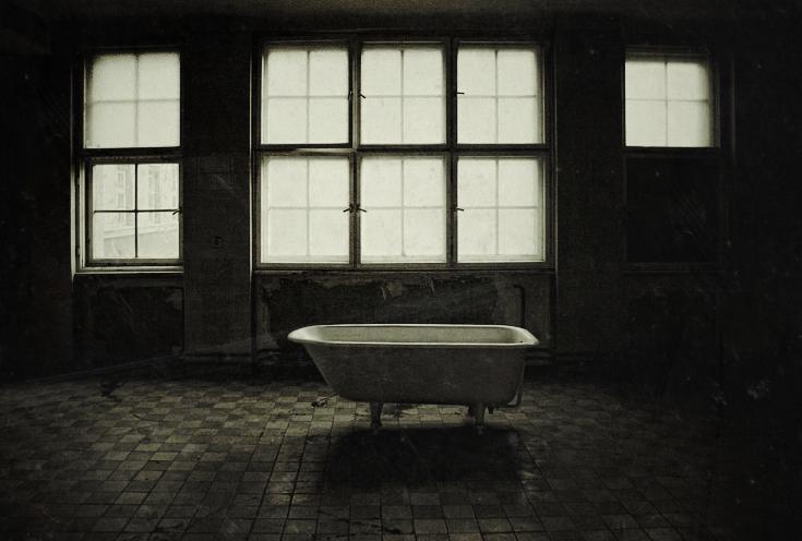 Alone by Karakuji