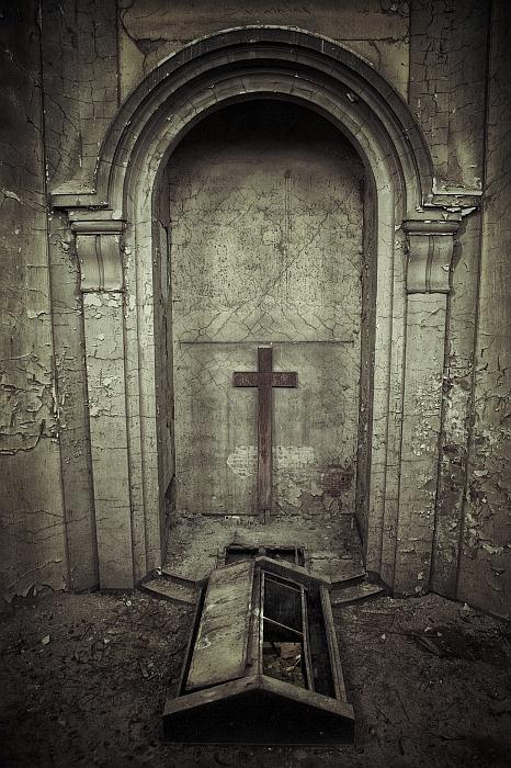 Crematory by Karakuji