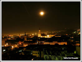 Watching over Cluj by TreiNonCulori