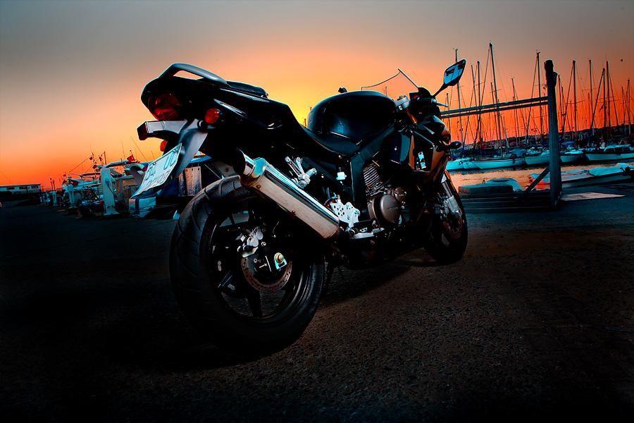 motorcycle sunset by theprodiqy on DeviantArt