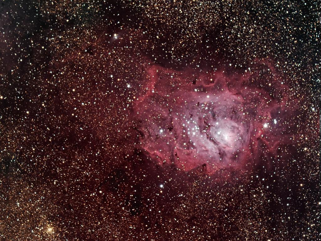 M8 - Lagoon Nebula by DoomWillFindYou