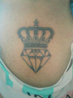 Crown and diamonds by ImaginArteTattoo