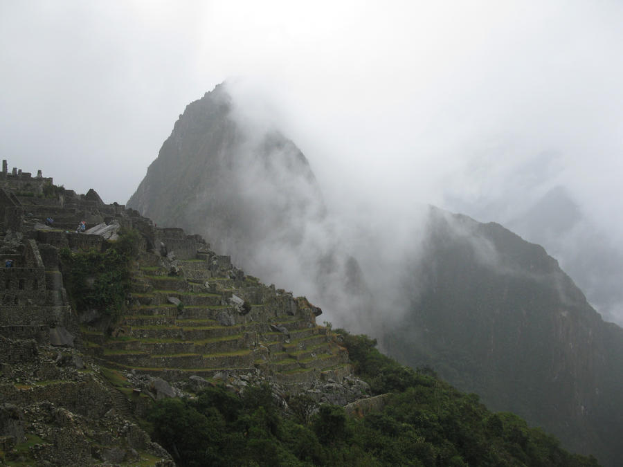 Machu Picchu and Hauyna Picchu by Pistachio-Ice-Cream