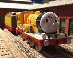 TOMY/Trackmaster Molly the Yellow Engine