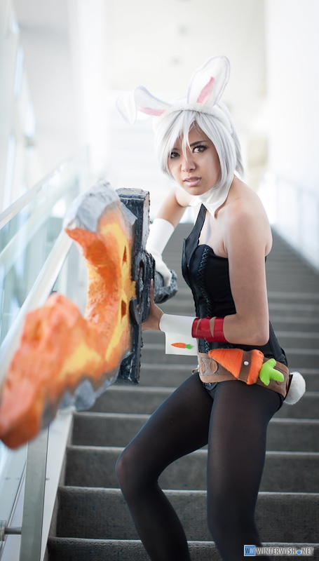 Battle Bunny Riven by Xxfruit-cakexX