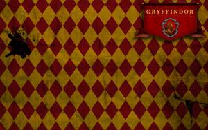 Gryffindor Wallpaper by tashab07