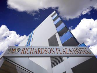 Richardson Plaza Hotel (Exterior)