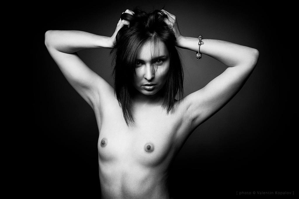 topless by Naydy